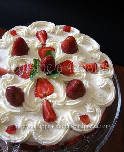 gâteau aux fraises 1 - cuisine à 4 mains
