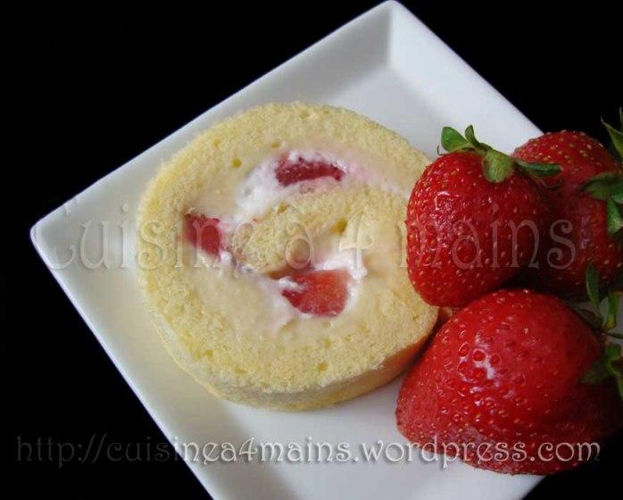 roulé aux fraises 3 - cuisine à 4 mains