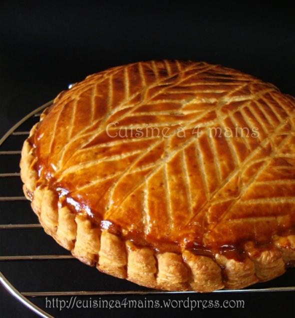 galette des rois à l'ananas 1 - cuisine à 4 mains