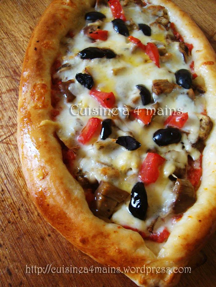 pizza pide aux aubergines grillées 1 - cuisine à 4 mains