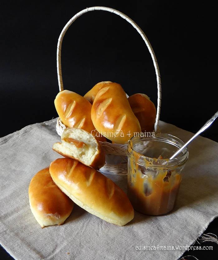 brioches-a-la-creme-et-au-caramel-au-beurre-sale-1-cuisine-a-4-mains